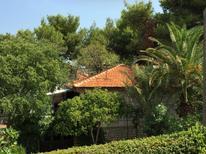 Ferienhaus 970397 für 4 Erwachsene + 2 Kinder in Supetar
