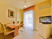 Appartement 970480 voor 4 personen in Banjol