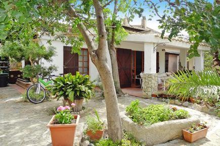 Gemütliches Ferienhaus : Region Sardinien für 7 Personen