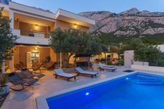 Casa de vacaciones 972160 para 8 adultos + 2 niños en Veliko Brdo
