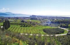 Semesterhus 972195 för 6 personer i Puegnago sul Garda