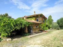 Villa 973295 per 12 persone in Castelnuovo di Farfa