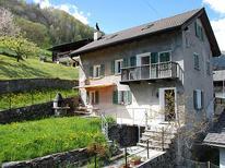 Villa 973353 per 11 persone in Leontica