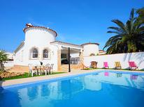 Holiday home 973390 for 6 persons in Empuriabrava