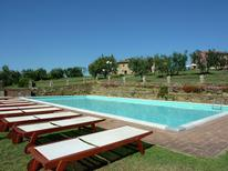 Casa de vacaciones 973684 para 4 personas en Castra