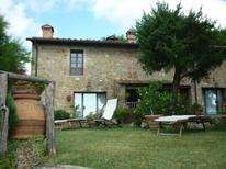 Appartement 973725 voor 2 volwassenen + 2 kinderen in Gambassi Terme