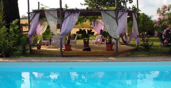Gemütliches Ferienhaus : Region Saturnia für 14 Personen