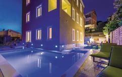 Ferienhaus 975073 für 12 Personen in Mavarstica