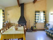 Holiday home 975949 for 8 persons in Bourdeaux