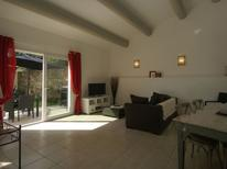 Holiday home 976399 for 4 persons in Piolenc