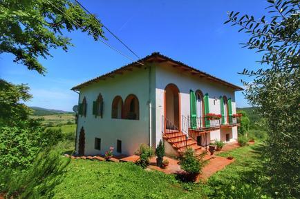 Gemütliches Ferienhaus : Region Bucine für 6 Personen