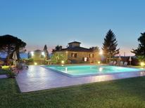 Ferienhaus 976966 für 4 Personen in San Donato Fronzano