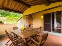 Vakantiehuis 977001 voor 4 personen in Pescia