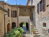 Vakantiehuis 977019 voor 5 personen in Bevagna