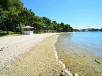 Ferienwohnung 977553 für 2 Personen in Pirovac