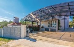 Vakantiehuis 977658 voor 15 personen in Pridraga