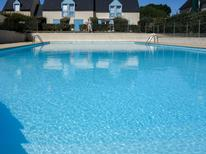 Holiday apartment 983084 for 5 persons in Quiberon