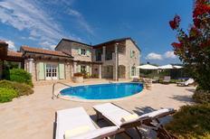 Vakantiehuis 983560 voor 6 volwassenen + 2 kinderen in Perini