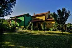 Ferienhaus 985417 für 8 Personen in Kapovici