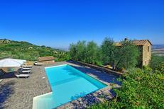 Ferienhaus 985543 für 8 Personen in Montalcino