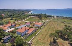 Vakantiehuis 986395 voor 10 personen in Peroj
