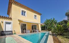 Holiday home 986863 for 6 persons in Saint-Raphaël