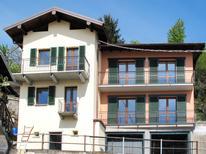 Vakantiehuis 990795 voor 9 personen in Peglio