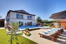 Villa 998807 per 10 persone in Rovigno